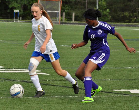 Western girls soccer beats Waynesboro 2015