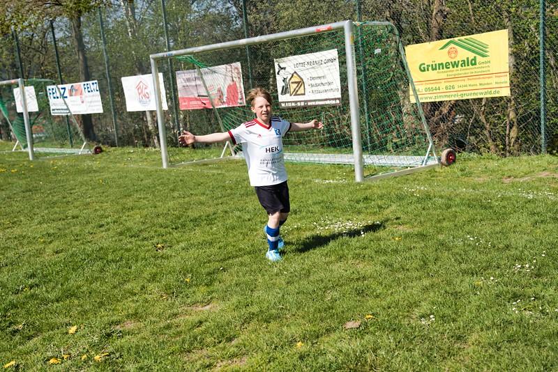 hsv-fussballschule---wochendendcamp-hannm-am-22-und-23042019-y-29_33853877378_o.jpg