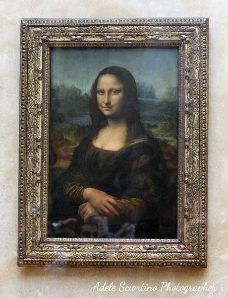 Mona Lisa Behind Glass