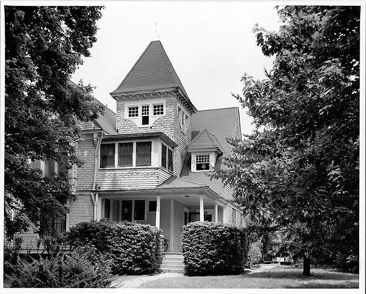 Wah-Lardner House