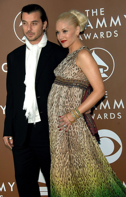 . Musicians Gavin Rossdale and wife Gwen Stefani arrive at the 48th Annual Grammy Awards at the Staples Center on February 8, 2006 in Los Angeles, California.  (Photo by Stephen Shugerman/Getty Images)