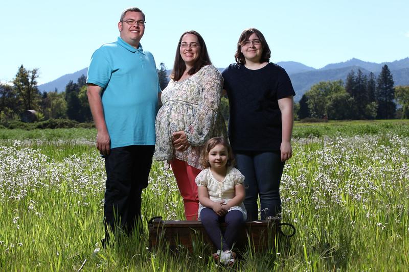 031-2017-04-30 Sams Family Maternity.jpg