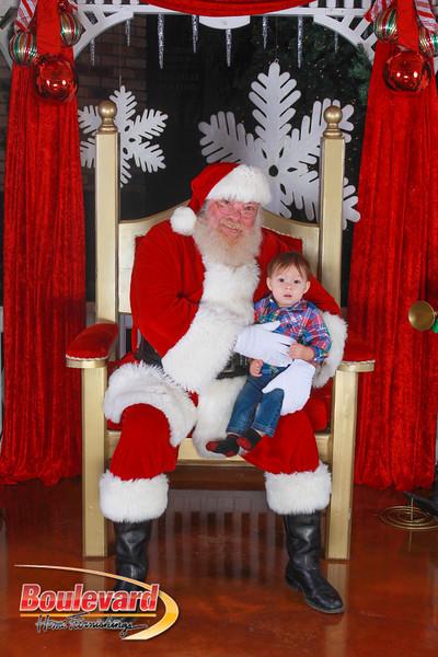 Santa 12-10-16-238.jpg