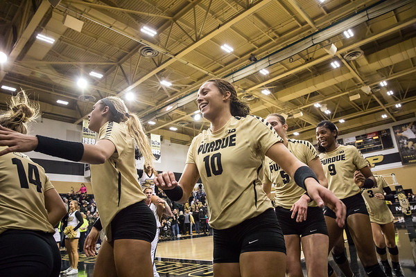 Purdue Volleyball vs Iowa 2016-11-12