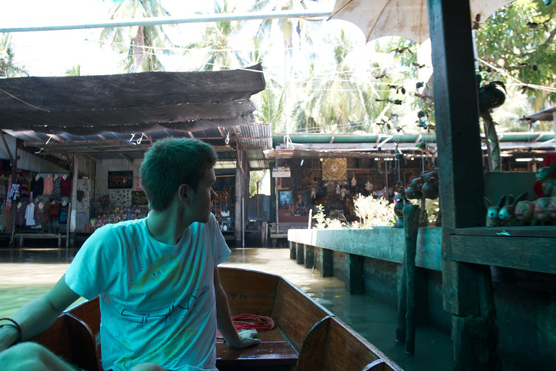 Roewe_Thailand 187.jpg