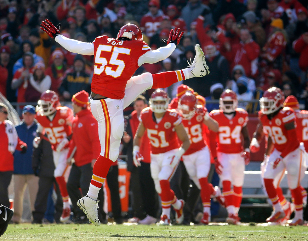 . Kansas City Chiefs linebacker Dee Ford (55) celebrates after he sacked San Diego Chargers quarterback Philip Rivers (17) during the first half of an NFL football game in Kansas City, Mo., Sunday, Dec. 28, 2014. (AP Photo/Charlie Riedel)