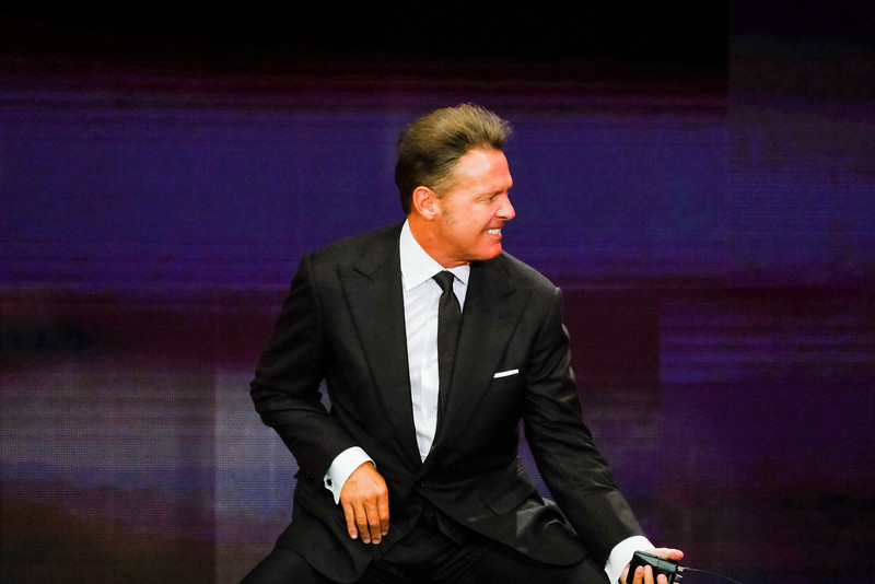 Luis Miguel at the Allstate Arena on June 9