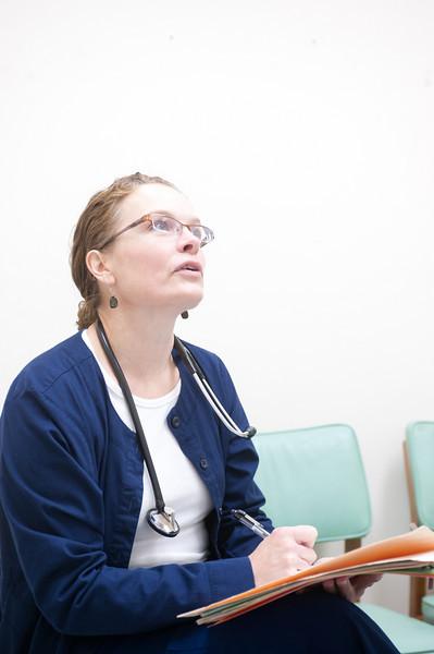 12_14_10_st_ann_clinic-00159.jpg