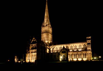 Salisbury by night
