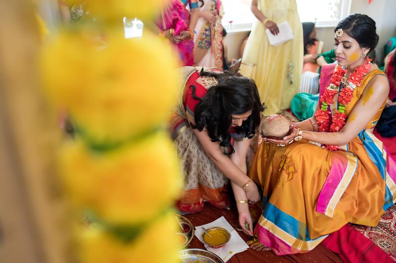 Hina_Pithi_Pooja-204.jpg