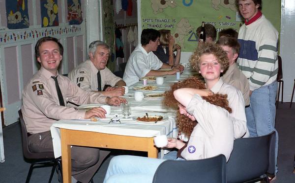 1989-09 Ventures Meal