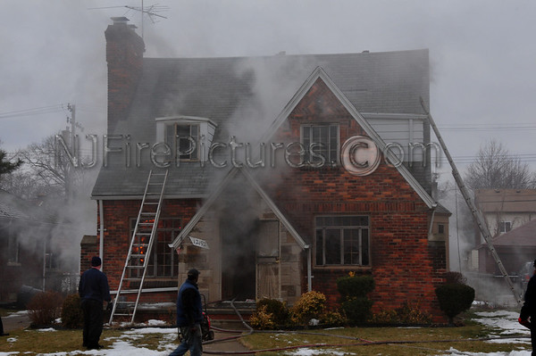 DETROIT, MI. BOX ALARM EAST OUTER DRIVE AND SOUTH HAMPTON 2/11/13