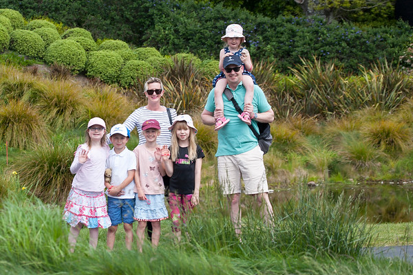 Local fans Dan and Sally Parker with their children Alice, Sophie, James and Lilly together with Kelly Greive on the 3rd day of competition  in the Asia-Pacific Amateur Championship tournament 2017 held at Royal Wellington Golf Club, in Heretaunga, Upper Hutt, New Zealand from 26 - 29 October 2017. Copyright John Mathews 2017.   www.megasportmedia.co.nz