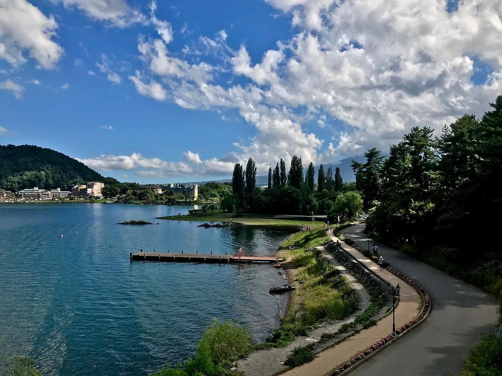 The shores of Lake Kawaguchiko.