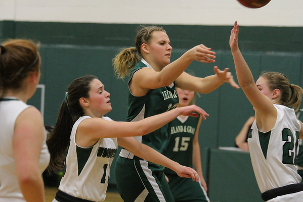 WUHS Girls Basketball vs Leland and Gray