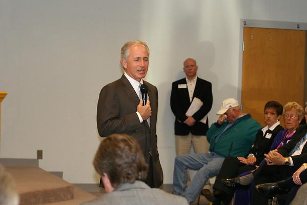 Sen. Bob Corker visits Erwin