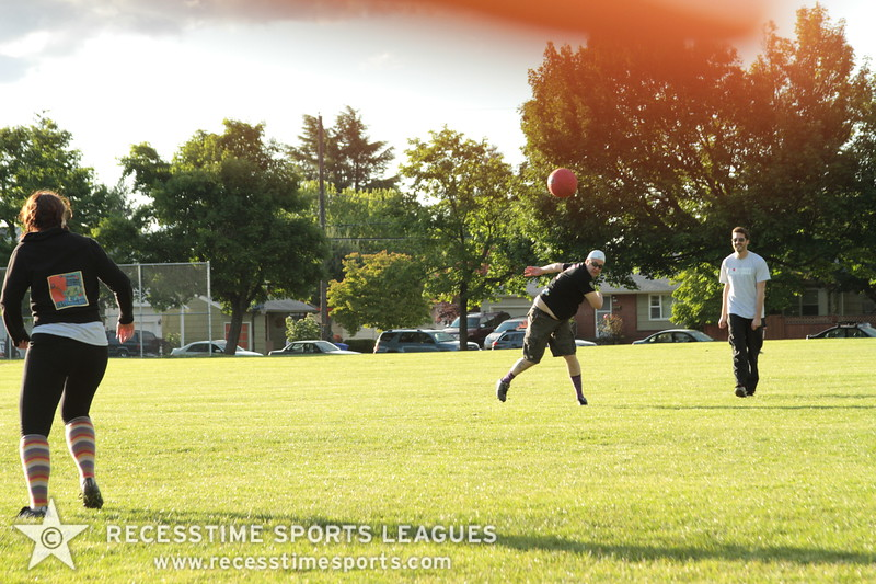 Recesstime_Portland_Kickball_20120605_1031.JPG