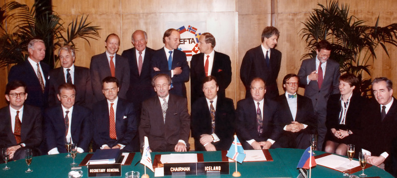 1992 EEA Agreement signing