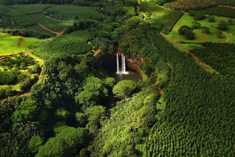 Wailua falls, Wailua river state park, Kauai island, Hawaii, USA