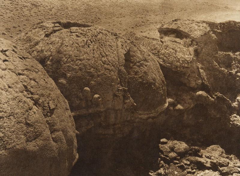 Volcanic mud formation at Pyramid Lake  (The North American Indian, v. XV. Norwood, MA, The Plimpton Press, 1926)