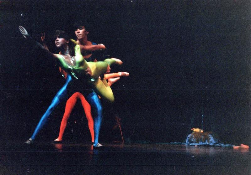 Dance_2047_a.jpg