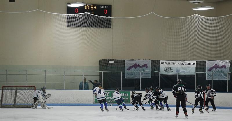 2016-Jan_29-Hockey-JPM0092.jpg