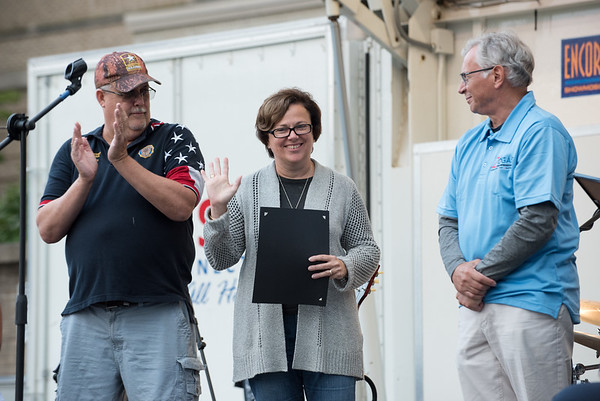 09/21/18 Wesley Bunnell | Staff Mayor Ellen Zoppo-Sassu waves to the crowd as she is introduced before presenting Ed Pelkey with the 2018 Bristol Hometown Hero.