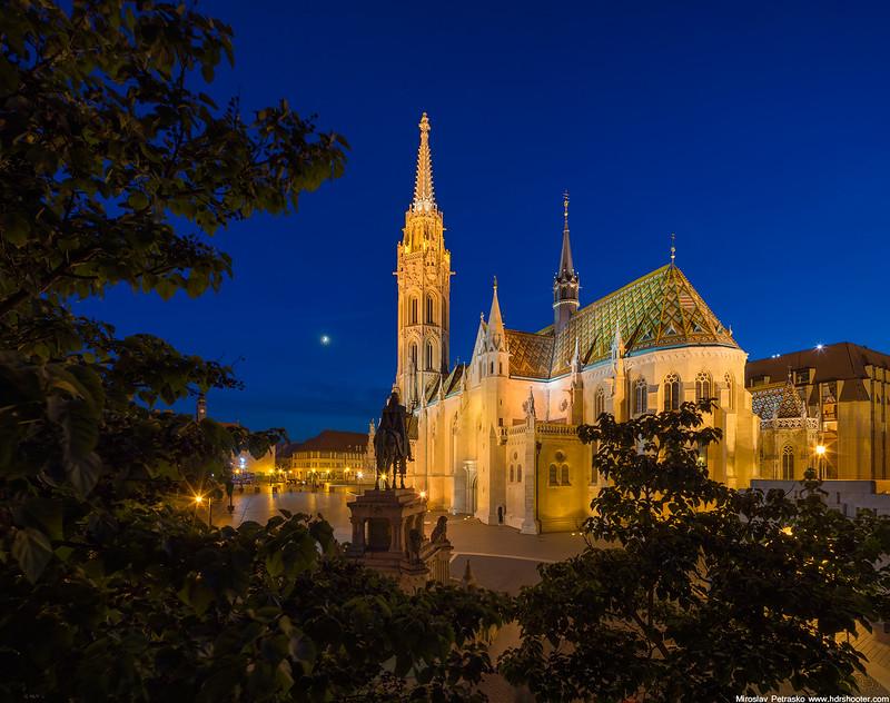 Budapest_DSC9808-Pano-web.jpg