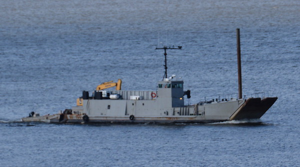 6/15/18 at 19:hd hrs this modified militaty landing craft passed Has bee identified as LCU1646 class cradt