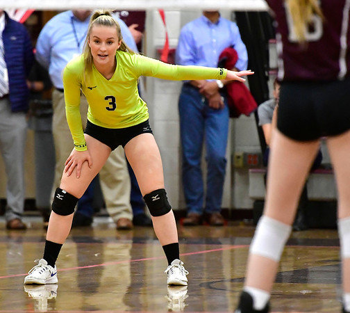 10/30/2019 Mike Orazzi | StaffrBristol Eastern's Rebecca Bender (3) during Wednesday night's volleyball match with Bristol Central. r