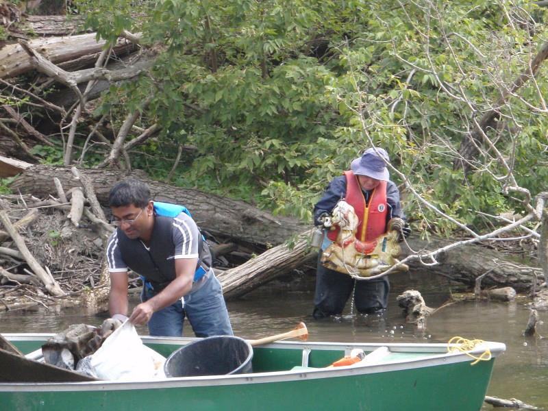 Cleanup_2011_PK_26.jpg