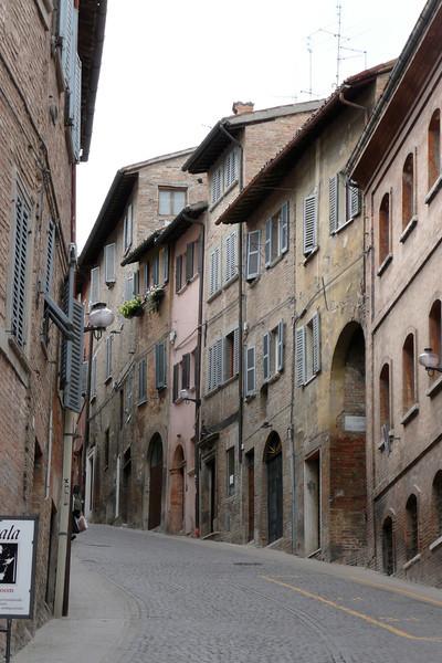 Via Raffaello. Urbino, Marche