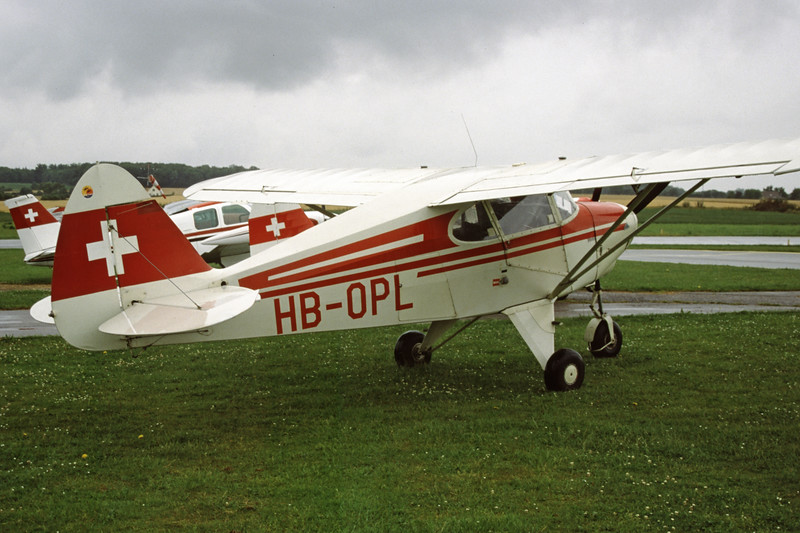HB-OPL-PiperPA-22-150Caribbean-Private-EKHV-2001-08-03-KZ-13-KBVPCollection.jpg