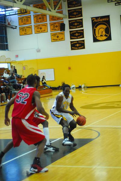 20090301_MCC Basketball_5680.JPG