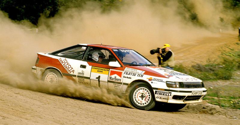 juha-kankkunen-juha-piironen-toyota-celica-gt-four-st165-rally-australia-1989.jpg