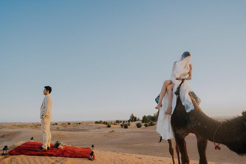 Tu-Nguyen-Destination-Wedding-Photographer-Morocco-Videographer-Sahara-Elopement-457.jpg