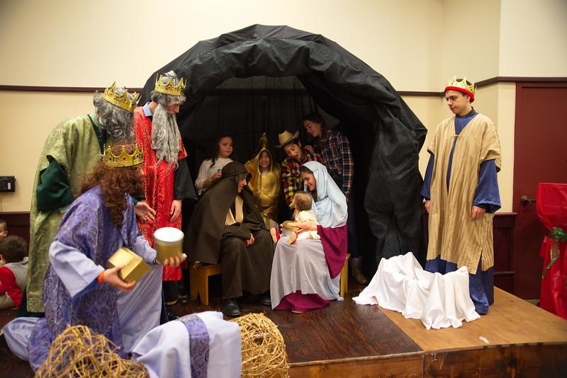 2014-12-21-Christmas-Pageant_226.jpg
