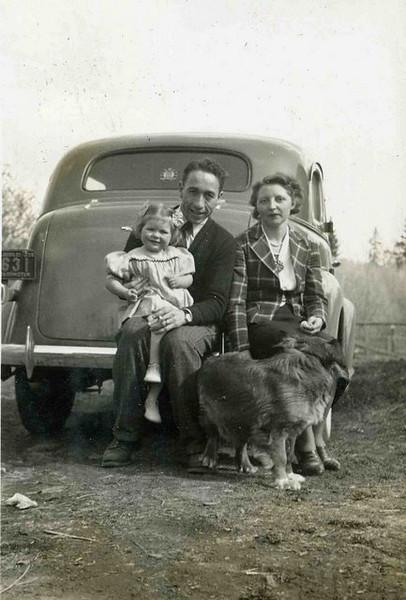 Scott, Dorothy and Gail Applegate