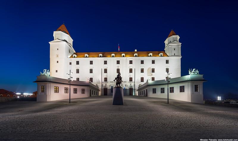 Bratislava_DSC5182-web.jpg