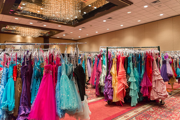 2015-02-22 Dash for the Dress, Prom Edition