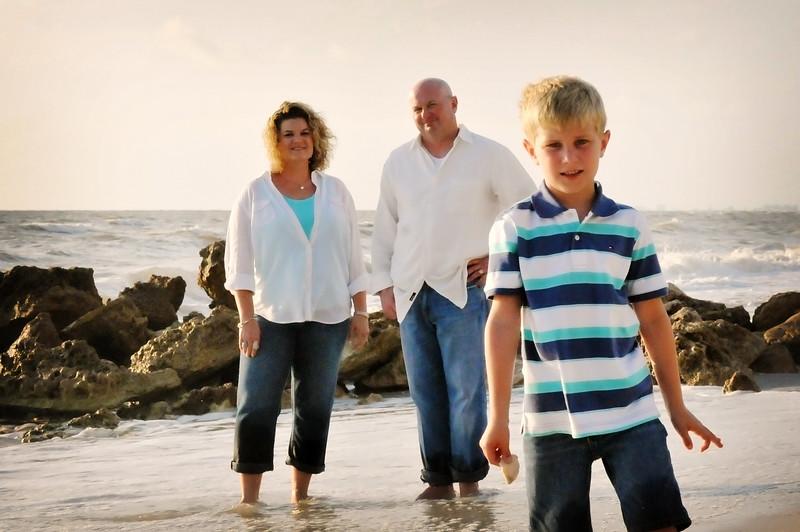 SWFL family beach photography Clarrisa LSP 076.JPG