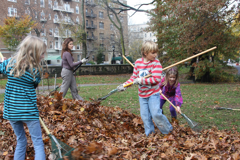 09.11.15 Family Fall Clean-Upf--26.jpg