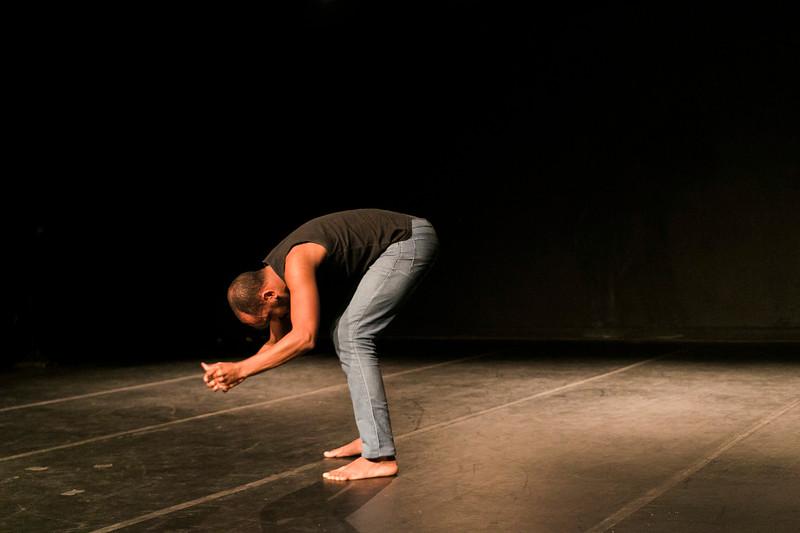 Allan Bravos - Lentes de Impacto - Teatro-400.jpg