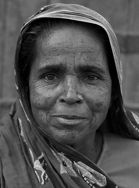 NE-INDIA-20041113A-374A-BW.jpg