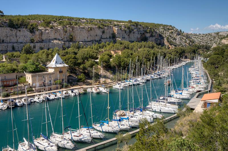 cassis-calanques-provence-france-sail-boats-moored.jpg