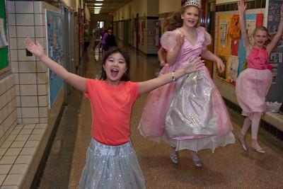 Somerville Childrens Theatre - WWW Dot