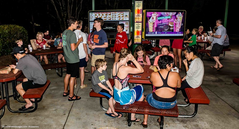 Barracudas Sonic After Party May 30 2019-8021.jpg