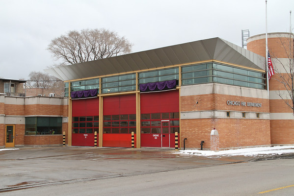 CHICAGO FIRE DEPARTMENT MEMORIAL 1744 E. 75TH ST. SCENE OF LODD OF 2 CFD FIREFIGHTERS (12/25/2010)
