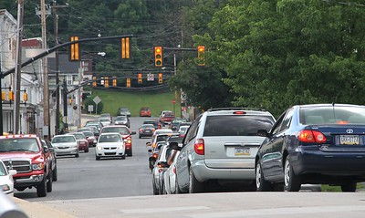 Traffic Backed Up, PennDOT Road Repairs, North Railroad Street, SR309, Tamaqua (6-27-2014)