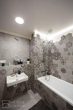 Projekt byt v Slnečniciach so šedou kupeľňou